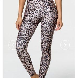 Onzie high rise leopard leggings